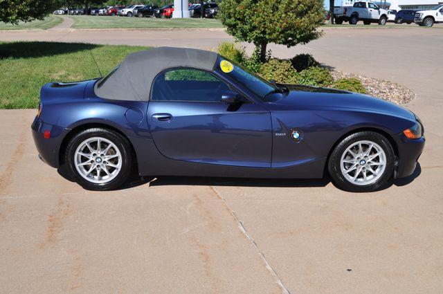 2003 BMW Z4 2.5i Bettendorf, Iowa 8