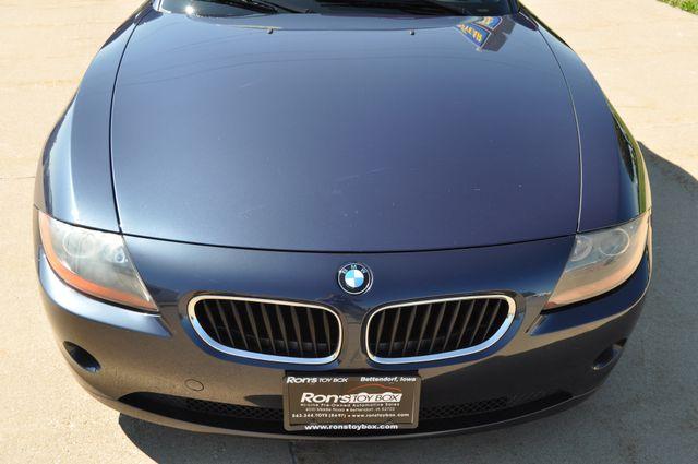 2003 BMW Z4 2.5i Bettendorf, Iowa 37
