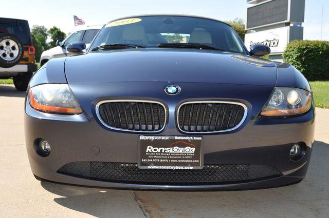 2003 BMW Z4 2.5i Bettendorf, Iowa 2