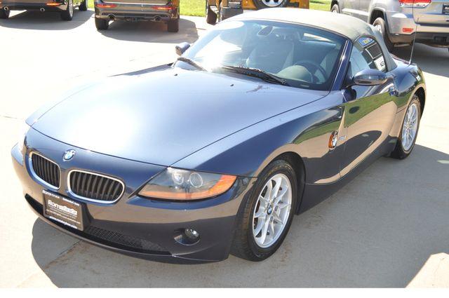 2003 BMW Z4 2.5i Bettendorf, Iowa 40