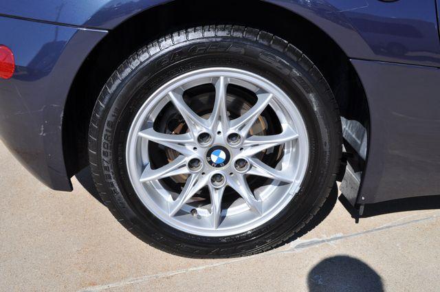 2003 BMW Z4 2.5i Bettendorf, Iowa 14
