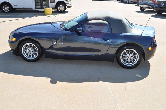 2003 BMW Z4 2.5i Bettendorf, Iowa 20