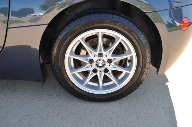 2003 BMW Z4 2.5i Bettendorf, Iowa 16