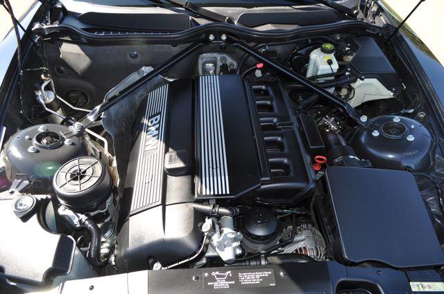 2003 BMW Z4 2.5i Bettendorf, Iowa 42