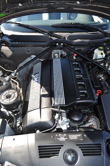 2003 BMW Z4 2.5i Bettendorf, Iowa 43