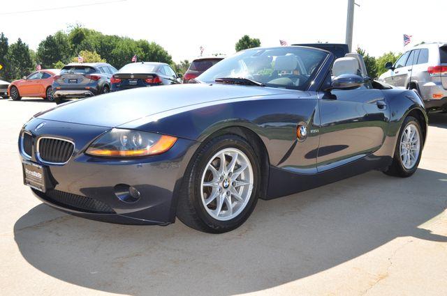 2003 BMW Z4 2.5i Bettendorf, Iowa 47