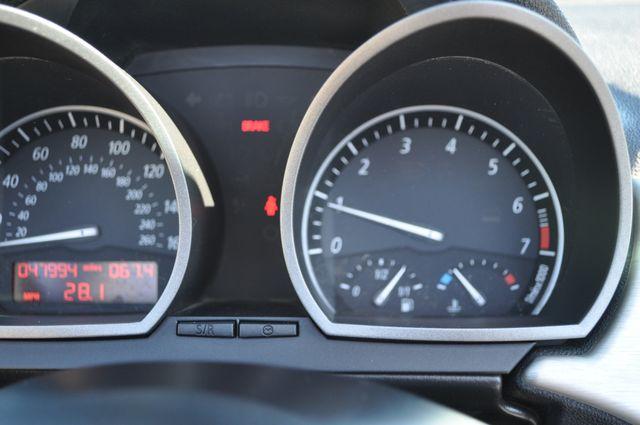 2003 BMW Z4 2.5i Bettendorf, Iowa 60