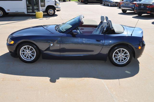 2003 BMW Z4 2.5i Bettendorf, Iowa 48