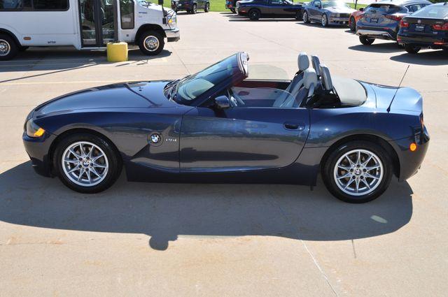 2003 BMW Z4 2.5i Bettendorf, Iowa 49