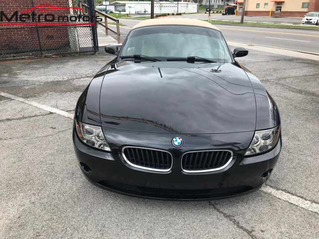 2003 BMW Z4 2.5i 2 Door Knoxville , Tennessee 3