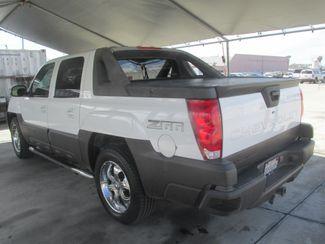 2003 Chevrolet Avalanche Gardena, California 1