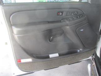 2003 Chevrolet Avalanche Gardena, California 8