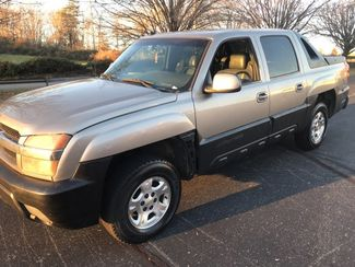 2003 Chevrolet-Our Sales Rep'S Truck! Avalanche-$5995! BUY HERE PAY HERE! 1500 North Face Knoxville, Tennessee