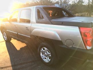 2003 Chevrolet-Our Sales Rep'S Truck! Avalanche-$5995! BUY HERE PAY HERE! 1500 North Face Knoxville, Tennessee 4