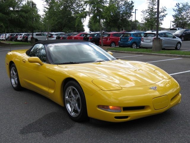 2003 Chevrolet Corvette Base