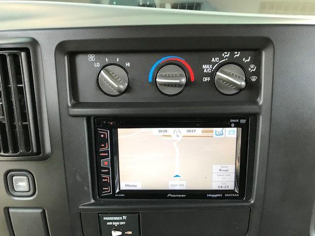 2003 Chevrolet Express Passenger Quigley 4WD in Jacksonville , FL 32246