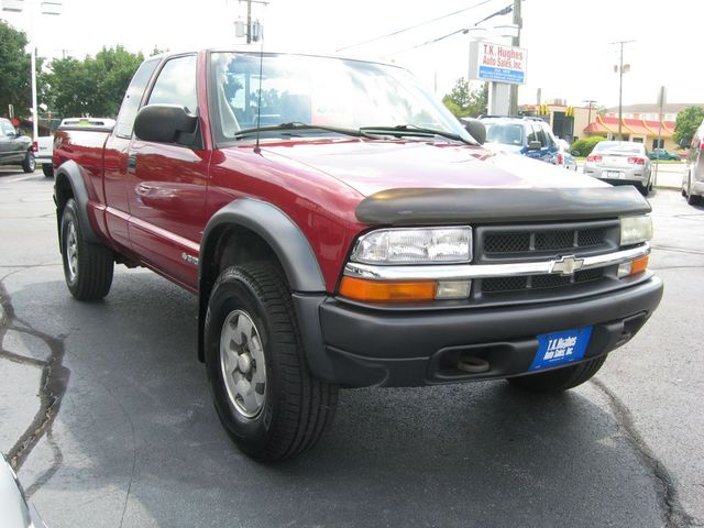 2003 Chevrolet S-10 4X4 LS Richmond, Virginia 3
