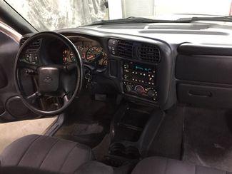 2003 Chevrolet S-10 LS 4x4 Crew  city ND  AutoRama Auto Sales  in Dickinson, ND