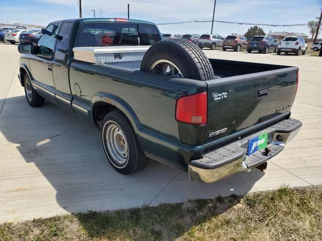 2003 Chevrolet S-10 LS in Dickinson, ND 58601