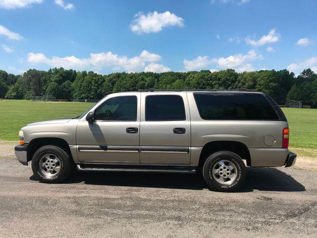 2003 Chevrolet Suburban LS Ravenna, Ohio 1