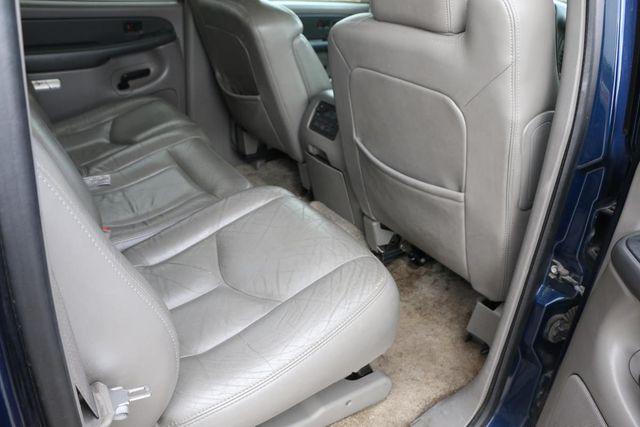 2003 Chevrolet Suburban LT Santa Clarita, CA 16