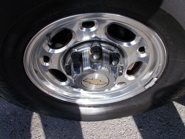 2003 Chevrolet Suburban LT Shelbyville, TN 16
