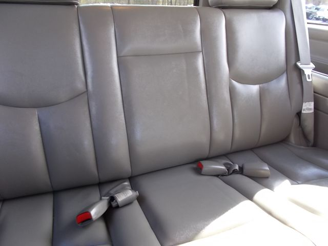 2003 Chevrolet Suburban LT Shelbyville, TN 29