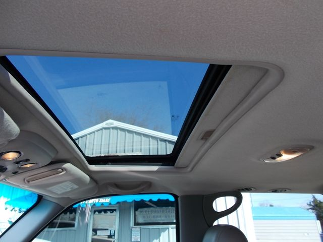 2003 Chevrolet Suburban LT Shelbyville, TN 41