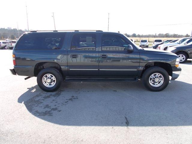 2003 Chevrolet Suburban LT Shelbyville, TN 9