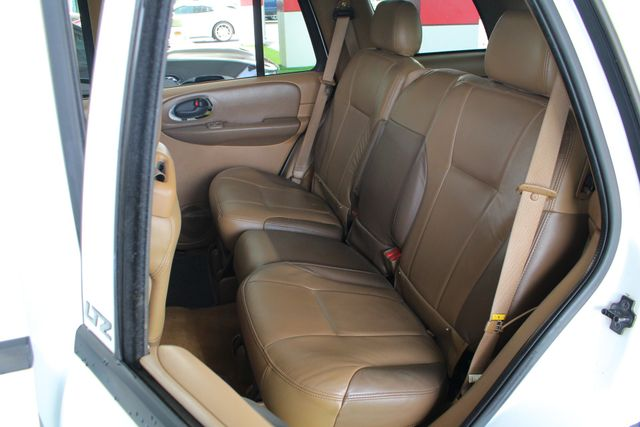 2003 Chevrolet TrailBlazer LTZ RWD - SUNROOF - HEATED LEATHER - BFG TIRES! Mooresville , NC 9
