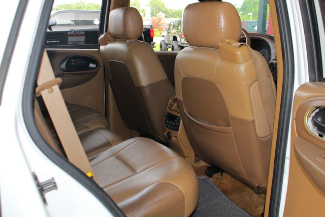 2003 Chevrolet TrailBlazer LTZ RWD - SUNROOF - HEATED LEATHER - BFG TIRES! Mooresville , NC 35