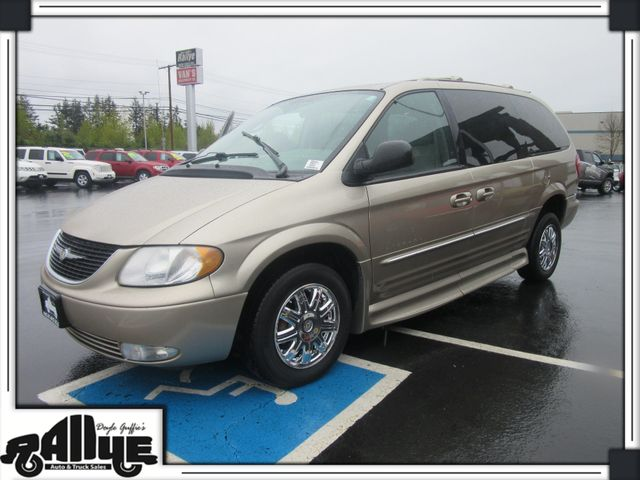 2003 Chrysler Town & Country Handicap Van