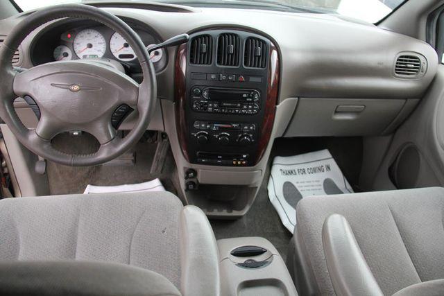 2003 Chrysler Town & Country EX Santa Clarita, CA 7