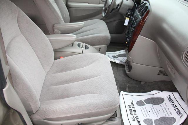 2003 Chrysler Town & Country EX Santa Clarita, CA 16