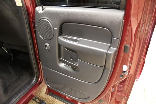 2003 Dodge Ram 3500 RWD SLT in Roscoe IL, 61073