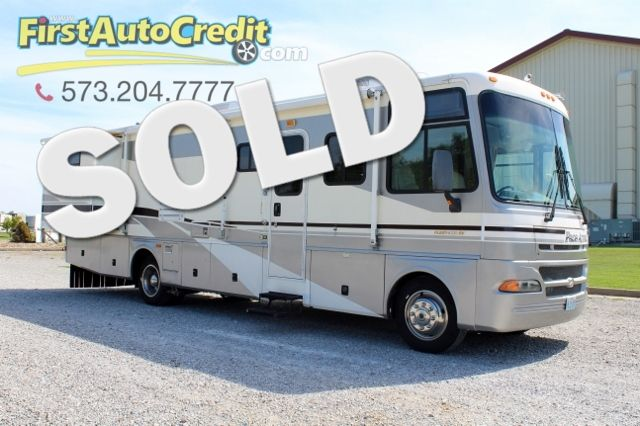2003 Fleetwood Pace Arrow 34 W