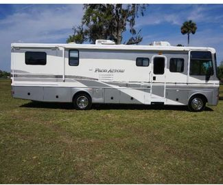 2003 Fleetwood PACE ARROW 35G in Katy, TX 77494