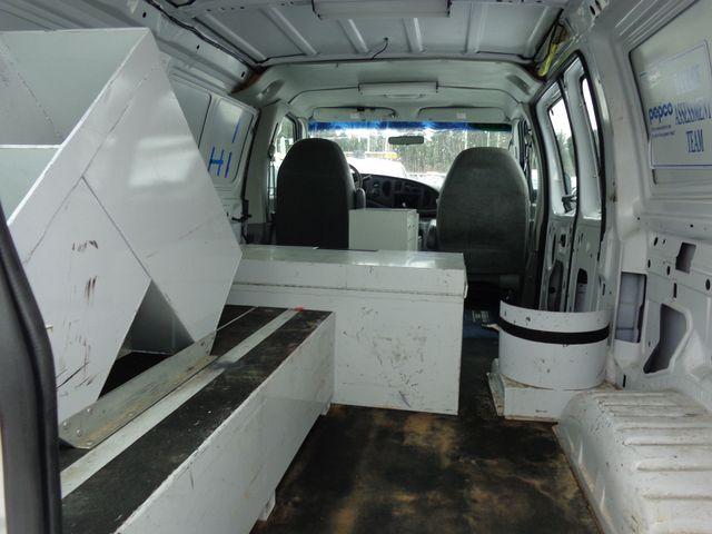 2003 Ford Econoline Cargo Van Hoosick Falls, New York 4