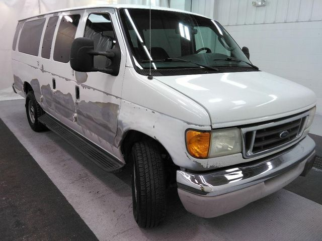 2003 Ford Econoline Wagon XLT