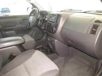 2003 Ford Escape XLS Popular Gardena, California 7