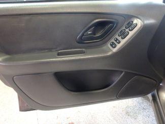 2003 Ford Escape Xlt AWD. SPORT, WINTER  READY, LOW MILES Saint Louis Park, MN 9
