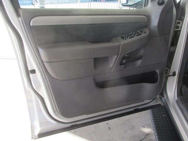 2003 Ford Explorer XLT Gardena, California 8