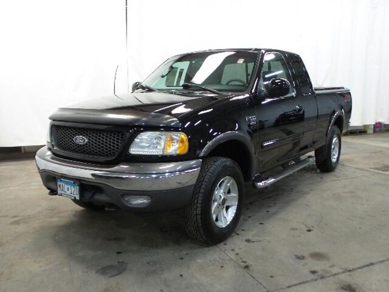 2003 Ford F-150 XLT  in Victoria, MN