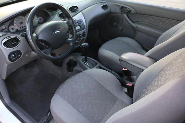 2003 Ford Focus ZX3 Base Santa Clarita, CA 7