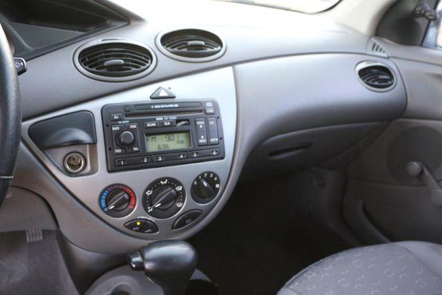 2003 Ford Focus ZX3 Base Santa Clarita, CA 17