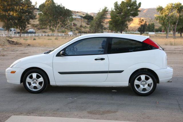 2003 Ford Focus ZX3 Base Santa Clarita, CA 10