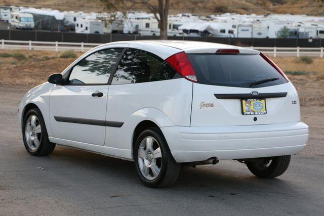 2003 Ford Focus ZX3 Base Santa Clarita, CA 5