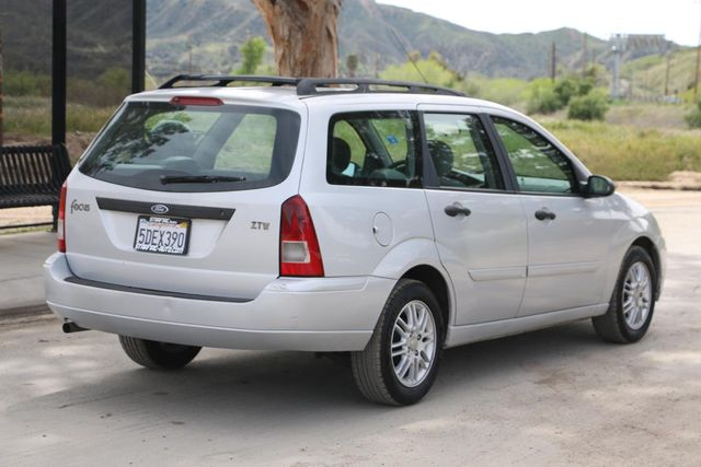 2003 Ford Focus SE WAGON Santa Clarita, CA 6