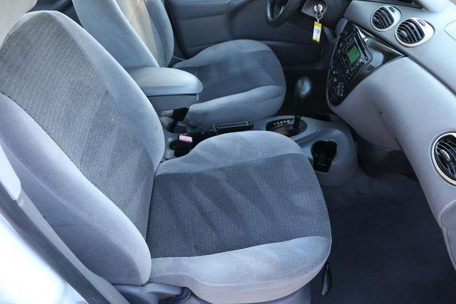 2003 Ford Focus SE Santa Clarita, CA 14