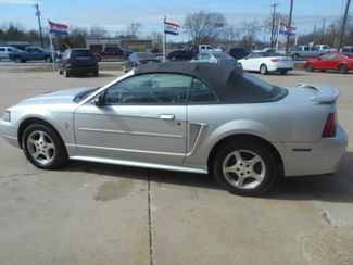 2003 Ford Mustang Deluxe Cleburne, Texas 1